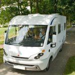 Lez Eaux Ist Ein Campingplatz Mit Hallenbad Und Liegt Bei Avranches, Nur  Einige Kilometer Von Der A84 Entfernt.
